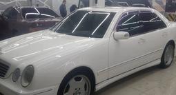 Mercedes-Benz E 320 2002 года за 5 300 000 тг. в Алматы – фото 3