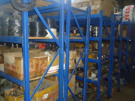 TOO Bizon склад запчастей на спецтехнику в Костанай – фото 58
