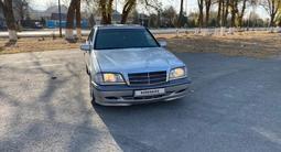 Mercedes-Benz C 220 1999 года за 2 500 000 тг. в Алматы