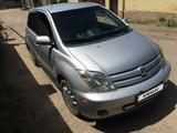 Toyota Ist 2004 года за 1 750 000 тг. в Алматы