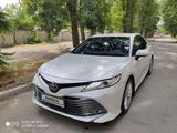 Toyota Camry 2018 года за 13 500 000 тг. в Тараз