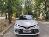 Toyota Camry 2018 года за 13 500 000 тг. в Тараз – фото 3