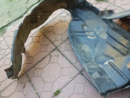 Передние подкрылки для камри 40 за 16 000 тг. в Алматы – фото 2