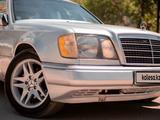Mercedes-Benz E 280 1994 года за 2 150 000 тг. в Актобе