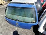 Крышка багажника Volkswagen Golf IV за 22 000 тг. в Семей