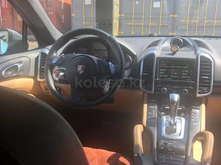 Porsche Cayenne 2014 года за 17 400 000 тг. в Алматы – фото 4