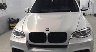 Горбатый капот BMW x6 e71 e70 x5m за 470 000 тг. в Алматы