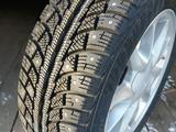 Новые зимние шипованные шины. за 15 000 тг. в Кокшетау – фото 2