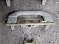 Ручки потолочные на Mercedes-Benz ML w163 за 1 111 тг. в Алматы