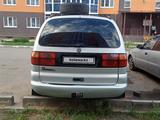 Volkswagen Sharan 1998 года за 2 100 000 тг. в Уральск – фото 3