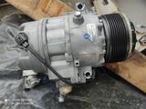 Компрессор кондиционера N54 X6 F01 3.0 за 135 000 тг. в Алматы