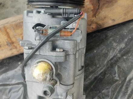 Компрессор кондиционера N54 X6 F01 3.0 за 135 000 тг. в Алматы – фото 2