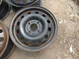 Оригинальные металлические диски на Ford (R14 4*108 ЦО63.4 5.5J за 20 000 тг. в Нур-Султан (Астана) – фото 2