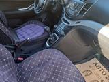 Chevrolet Orlando 2013 года за 4 400 000 тг. в Шымкент – фото 2