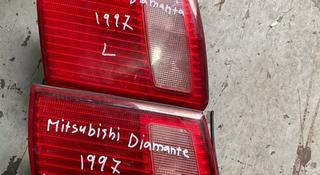 Задний Фара на багажника на Mitsubishi Diamante за 4 000 тг. в Алматы