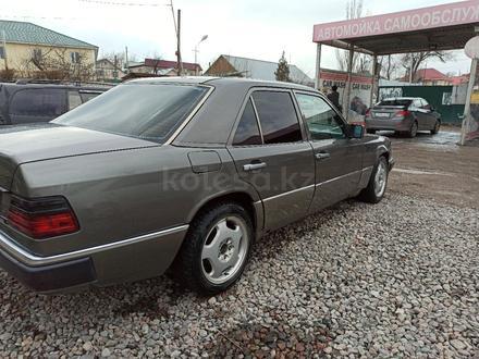 Mercedes-Benz E 230 1992 года за 1 200 000 тг. в Алматы – фото 6