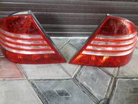 Задние фонари w220 рестайлинг за 39 000 тг. в Алматы