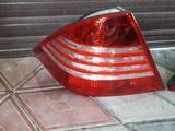Задние фонари w220 рестайлинг за 70 000 тг. в Алматы – фото 3