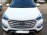 Hyundai Santa Fe 2014 года за 10 000 000 тг. в Актобе