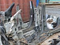 Порог на GL550 W166 за 3 000 тг. в Алматы