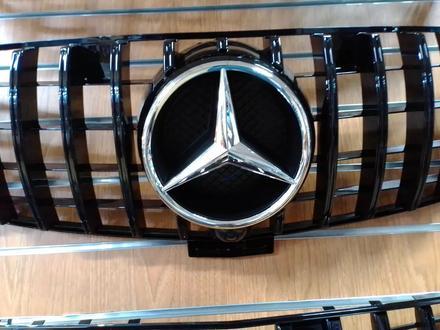 Решетка радиатора Mercedes-Benz GLE W 166 за 55 000 тг. в Нур-Султан (Астана)