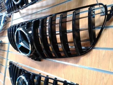 Решетка радиатора Mercedes-Benz GLE W 166 за 55 000 тг. в Нур-Султан (Астана) – фото 2