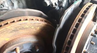 Тормозные диски на Toyota Camry 50 за 10 000 тг. в Алматы