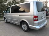 Volkswagen Multivan 2004 года за 4 500 000 тг. в Алматы – фото 2
