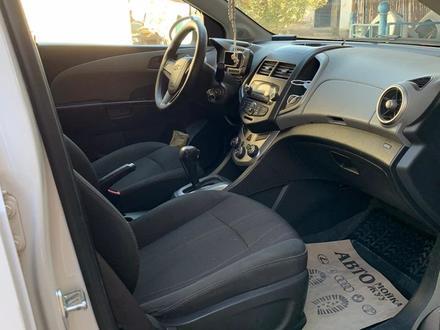 Chevrolet Aveo 2013 года за 3 500 000 тг. в Шымкент – фото 16