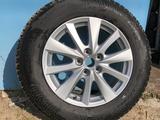 Оригинальные диски от Mazda cx 5 17x7j 50 с резиной hakkapeliitta 8 за 260 000 тг. в Караганда