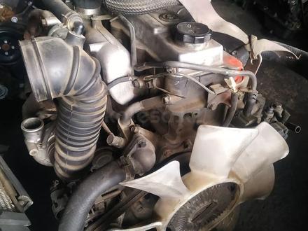 Двигатель на митсубиси делика 4м40 за 100 тг. в Алматы