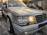 Mercedes-Benz E 420 1993 года за 5 200 000 тг. в Алматы
