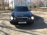 Mercedes-Benz E 280 1998 года за 3 200 000 тг. в Павлодар – фото 2