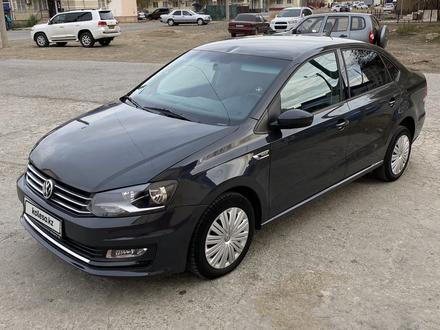 Volkswagen Polo 2018 года за 4 000 000 тг. в Атырау – фото 2