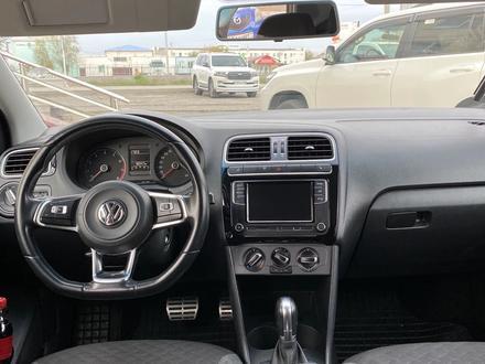 Volkswagen Polo 2018 года за 4 000 000 тг. в Атырау – фото 6