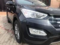 Hyundai Santa Fe 2016 года за 9 650 000 тг. в Нур-Султан (Астана)