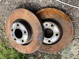 Тормозные диски audi a6 c6 3.2 322mm за 20 000 тг. в Алматы