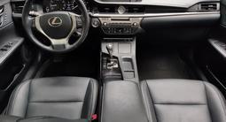 Lexus ES 250 2013 года за 9 700 000 тг. в Алматы – фото 5