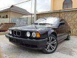 BMW 520 1991 года за 1 600 000 тг. в Шымкент – фото 2