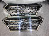 Решетка радиатора Hyundai Tucson (новая оригинал) за 130 000 тг. в Нур-Султан (Астана) – фото 2