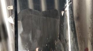 Стекло пятой двери на сюрф 185 кузов рунер за 30 000 тг. в Алматы