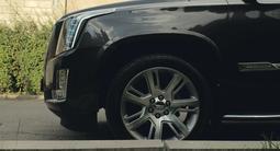 Cadillac Escalade 2016 года за 27 000 000 тг. в Алматы – фото 3