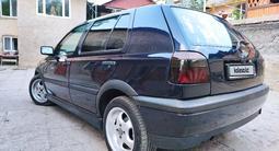 Volkswagen Golf 1995 года за 1 800 000 тг. в Алматы – фото 4