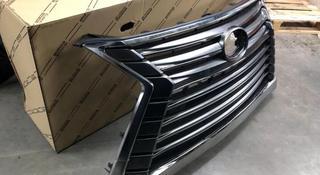 Lexus LX570 решетка радиатора за 140 000 тг. в Алматы