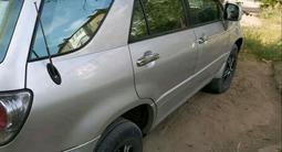 Lexus RX 300 2001 года за 2 800 000 тг. в Актобе – фото 4