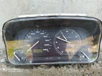 Гольф 3 щиток приборов за 5 000 тг. в Алматы