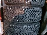 Зимнюю резину с дисками за 160 000 тг. в Актобе – фото 2