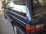 Volkswagen Passat 1993 года за 1 650 000 тг. в Тараз – фото 2