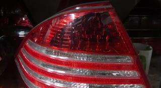 Задние фонари на w220 Sclass рестайлинг за 100 тг. в Алматы