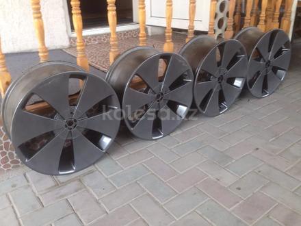 R19 5x114. 3 комплект дисков оригинальные, универсальные за 150 000 тг. в Алматы – фото 2